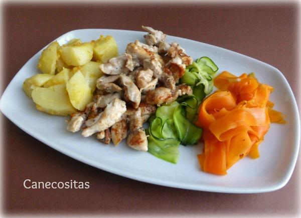 Crema de verduras, pollo y patatas con salsa suprema 3