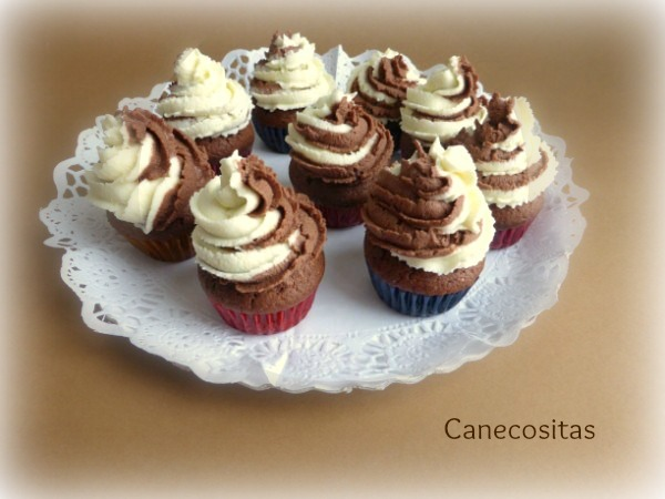Minimuffins de chocolate con frostting de mascarpone 4 thermomix