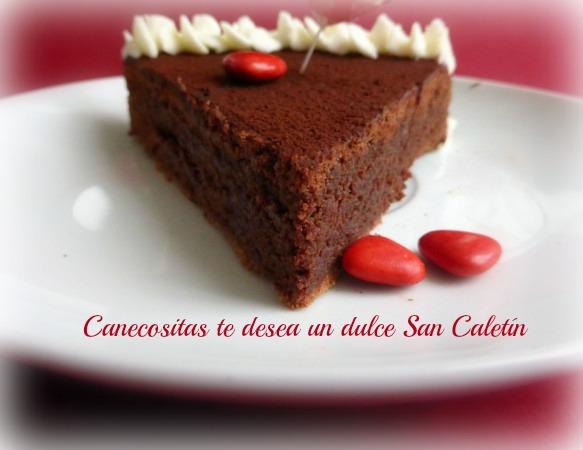 Tarta húmeda de chocolate San Valentin 4