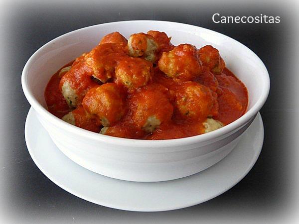 Albondigas al vapor en salsa de tomate 1 thermomix